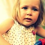 photo petite fille blonde