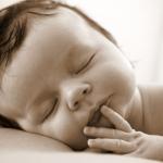 portrait sépia bébé