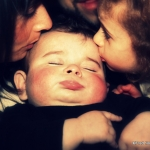 baiser autour de bébé