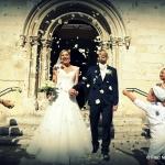 sortie de mariés avec confettis