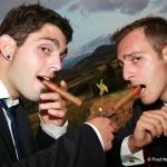 marié et témoin avec cigares