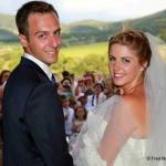 photo de couple jeunes mariés
