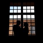 photo mariés contre jour